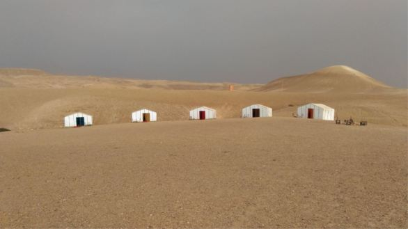 1 day desert tour from Marrakech to Agafay desert